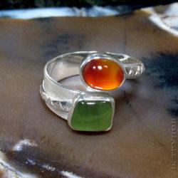 Кольцо с сердоликом и нефритом