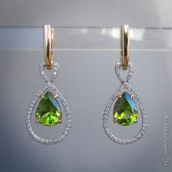 Серьги с оливинами и бриллиантами