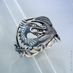 Кольцо с драконом