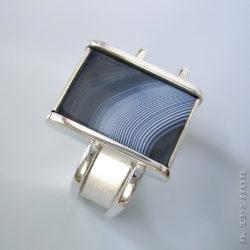Мужское кольцо с агатом